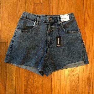 NWT Express Mom Shorts sz 6